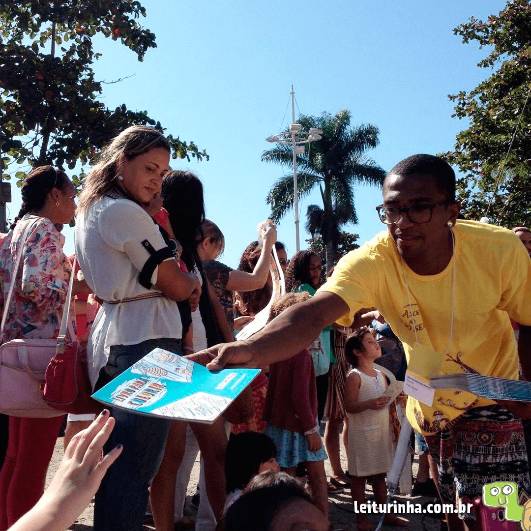 A Festa Literária Internacional de Paraty difunde a leitura com participação de grandes nomes da literatura.